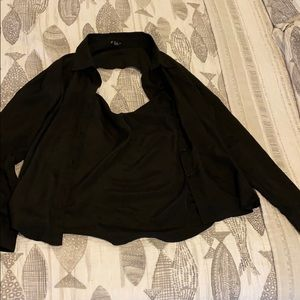 Forever 21 Open Back Button Down Collar Shirt M